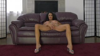 Streaming porn video still #3 from MILF And Honey 27