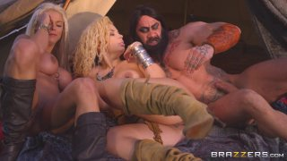 Streaming porn video still #7 from Storm Of Kings