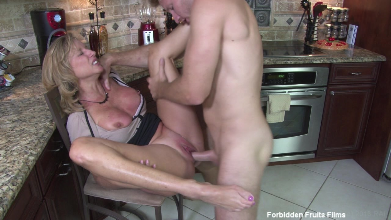 Jodi wast sex mom or son