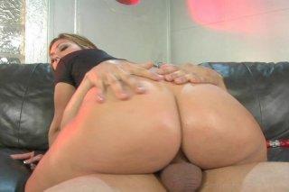 Streaming porn video still #8 from Big Wet Asses #12