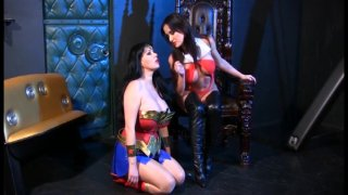 Streaming porn video still #8 from Lesbian Comix
