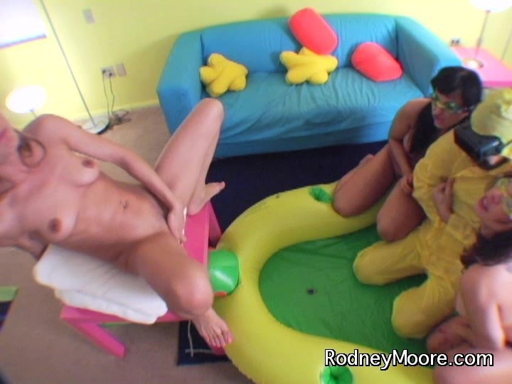 image Squirting goddess cytheria has dildo fuck session with two sluts