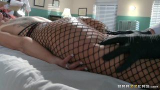 Streaming porn video still #3 from Brazzers Presents: The Parodies 5 - Straight Outta Brazzers