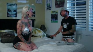 Streaming porn video still #1 from Killer Kleavage From Outer Space