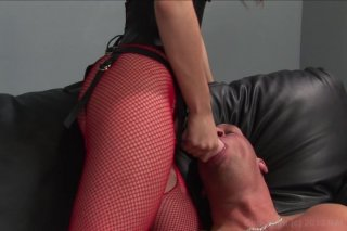 Streaming porn video still #6 from Beggin' For A Peggin'